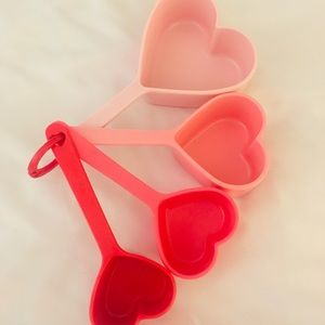 Heart Measuring Cup Set